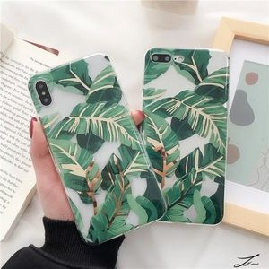 NEW iPhone 12/11/Pro/Max/XR Golden leaf case